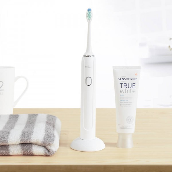 Sonic Electric Wireless Rechargeable Toothbrush Five-speed tooth cleaning mode 37000 times / minute vibration for adults IPX7 waterproof Nano-coated body